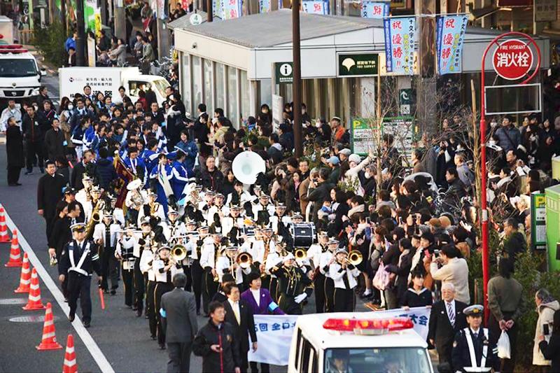 十文字高校 全日本高校女子サッカー選手権大会 優勝パレード ...
